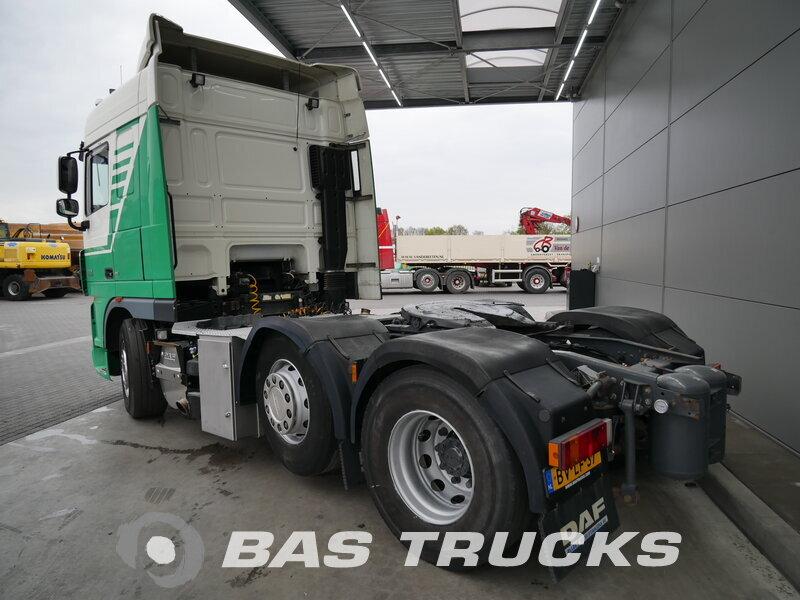 photo de Occasion  Tracteur DAF XF105.460 6X2 2008