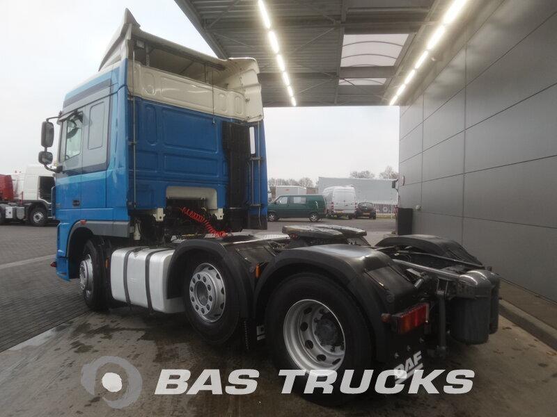 photo de Occasion  Tracteur DAF XF105.460 RHD 6X2 2011