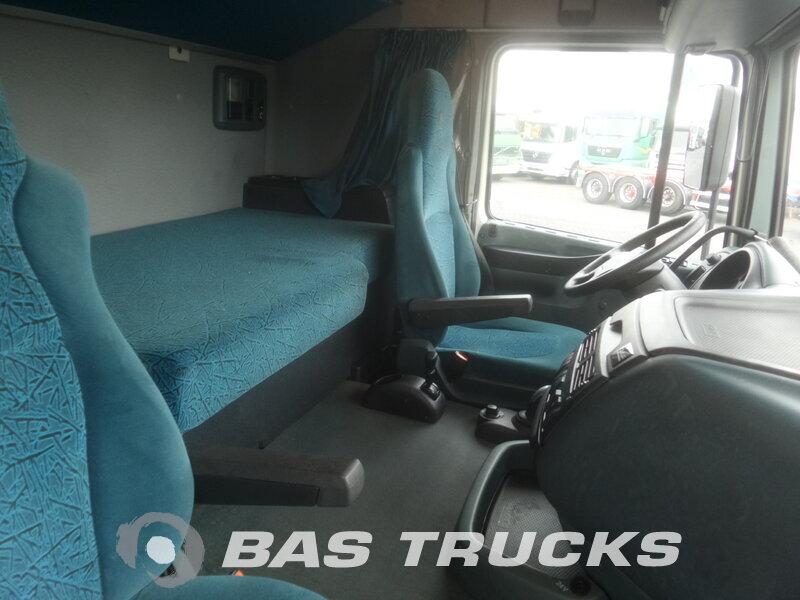 photo de Occasion  Tracteur DAF XF95.480 4X2 2005