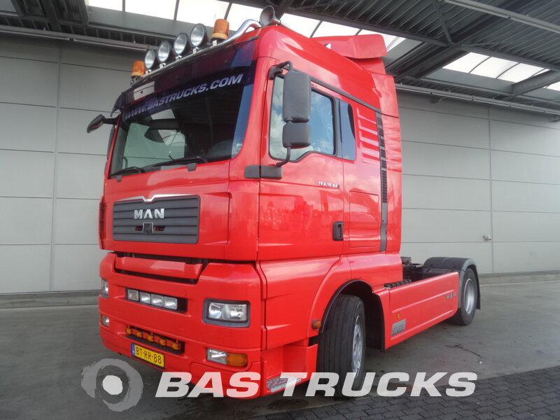 photo de Occasion  Tracteur MAN TGA 18.440 XLX 4X2 2008