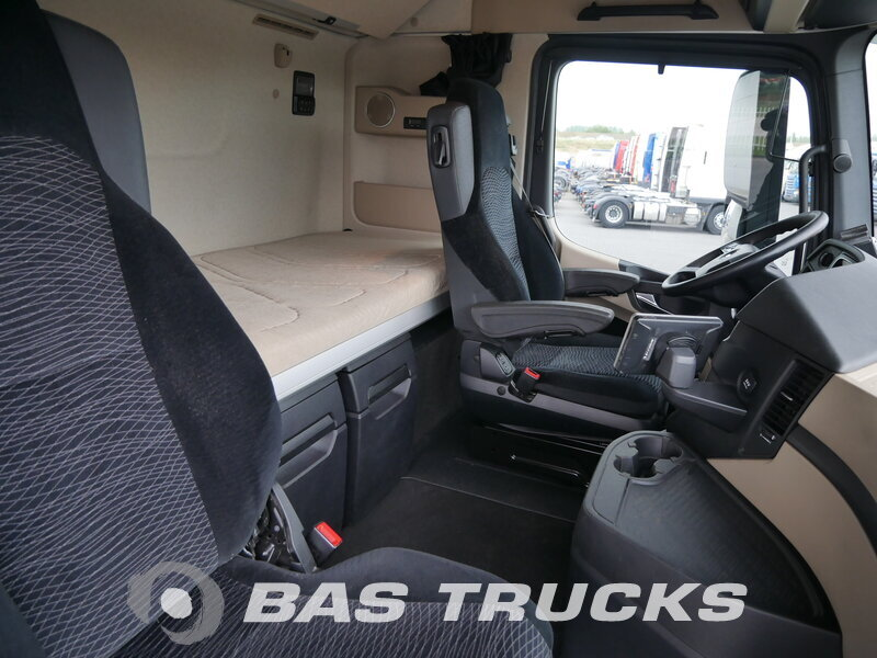 photo de Occasion  Tracteur Mercedes Actros 1842 LS 4X2 2012