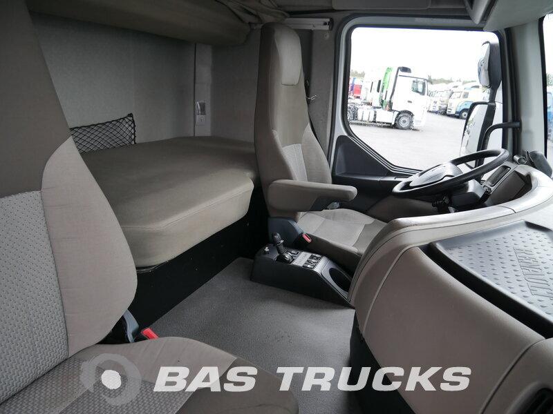 photo de Occasion  Tracteur Renault Premium 460 DXi 4X2 2011