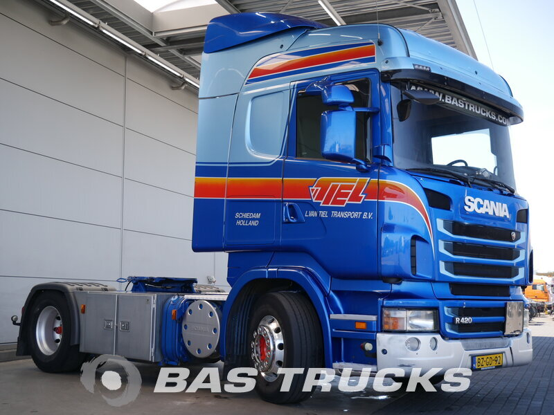photo de Occasion  Tracteur Scania R420 Unfall Fahrbereit 4X2 2011
