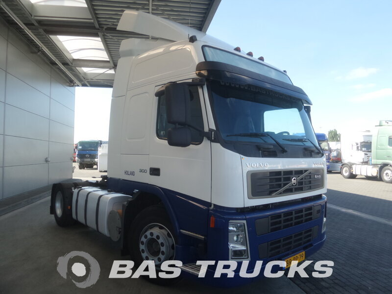 photo de Occasion  Tracteur Volvo FM 300 4X2 2006