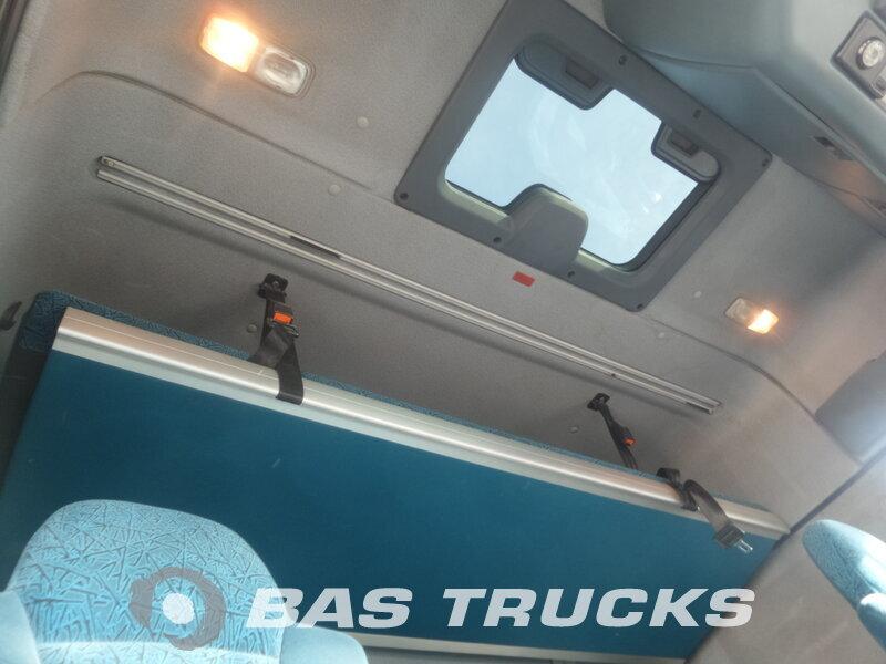 photo de Occasion Camion + Remorque DAF XF95.430 6X2 2006