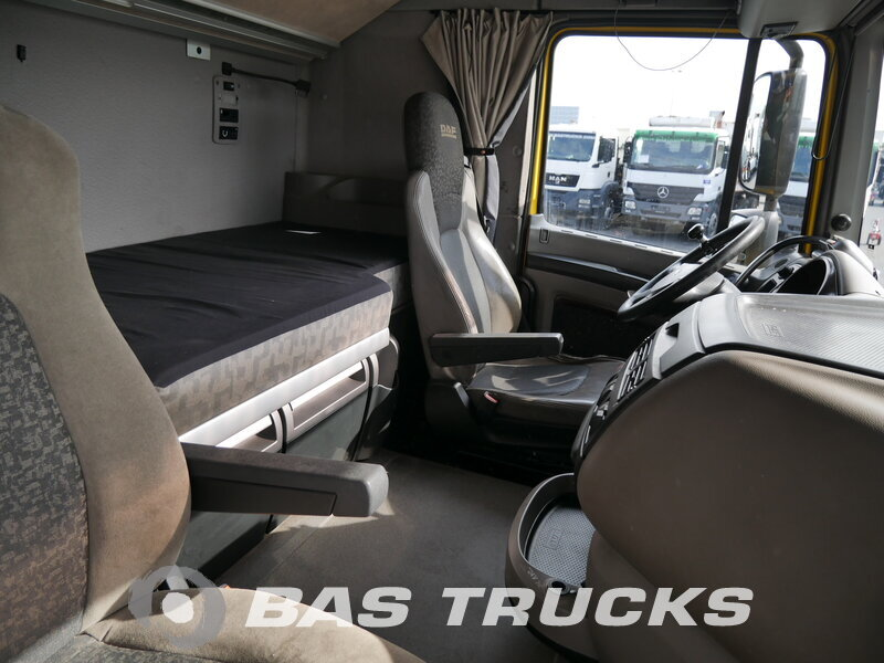 photo de Occasion Camion DAF XF105.460 6X2 2008