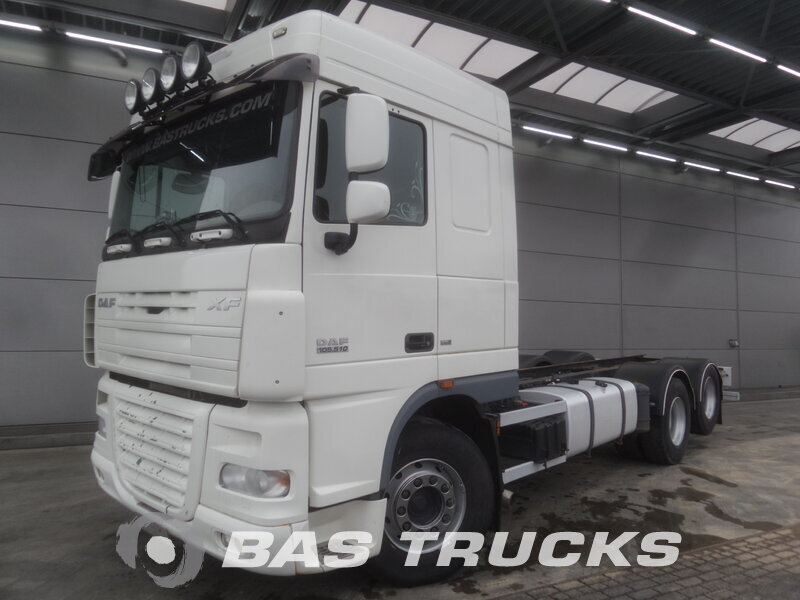 photo de Occasion Camion DAF XF105.510 6X2 2009