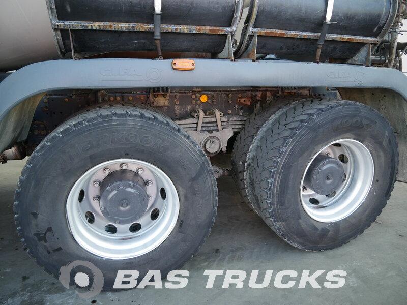 photo de Occasion Camion IVECO Trakker AD340T41 8X4 2008