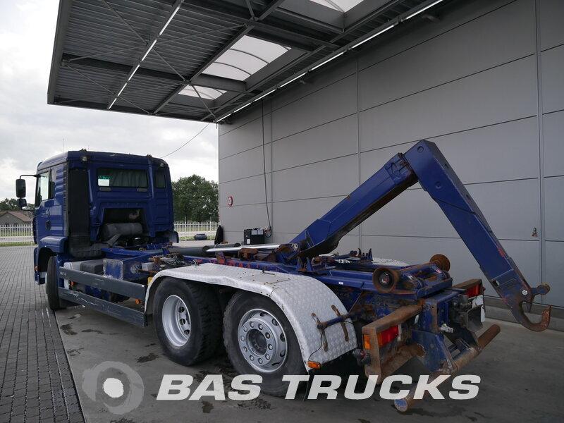 photo de Occasion Camion MAN TGA 26.430 L 6X2 2004