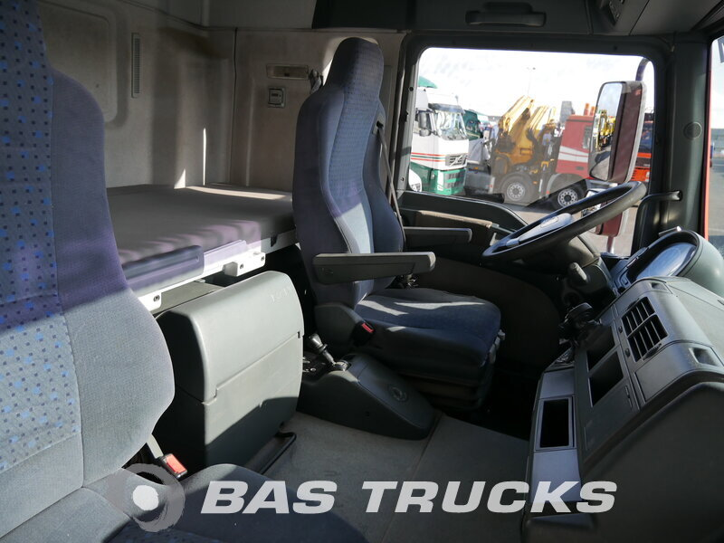 photo de Occasion Camion MAN TGA 26.440 LX 6X2 2007