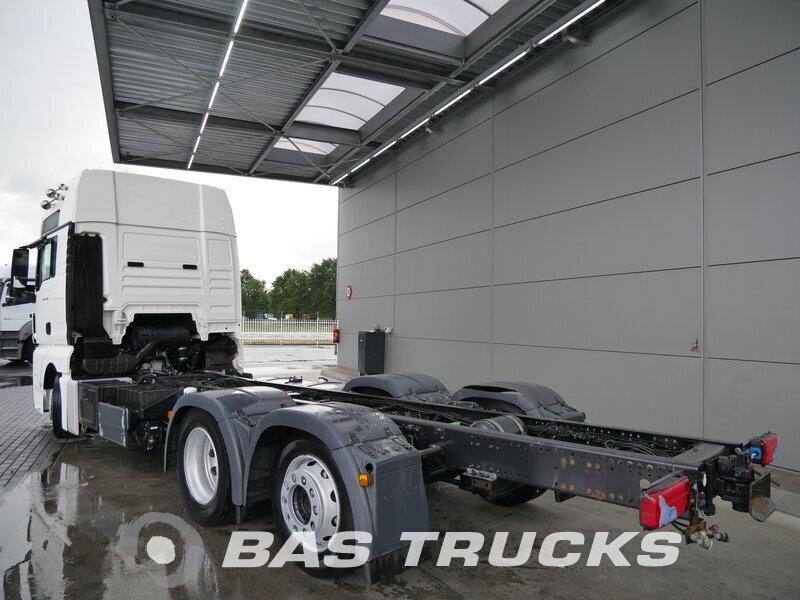 photo de Occasion Camion MAN TGX 24.400 XXL 6X2 2009
