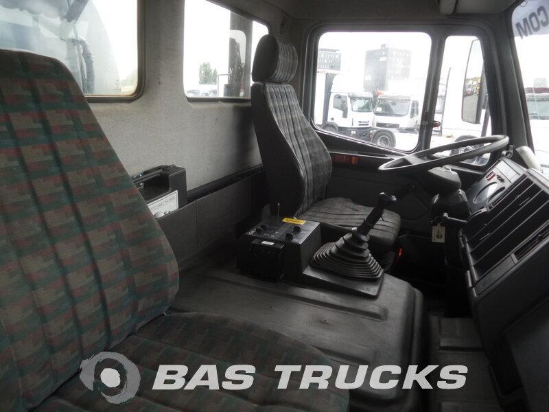 photo de Occasion Camion Mercedes 2631 6X4 1994