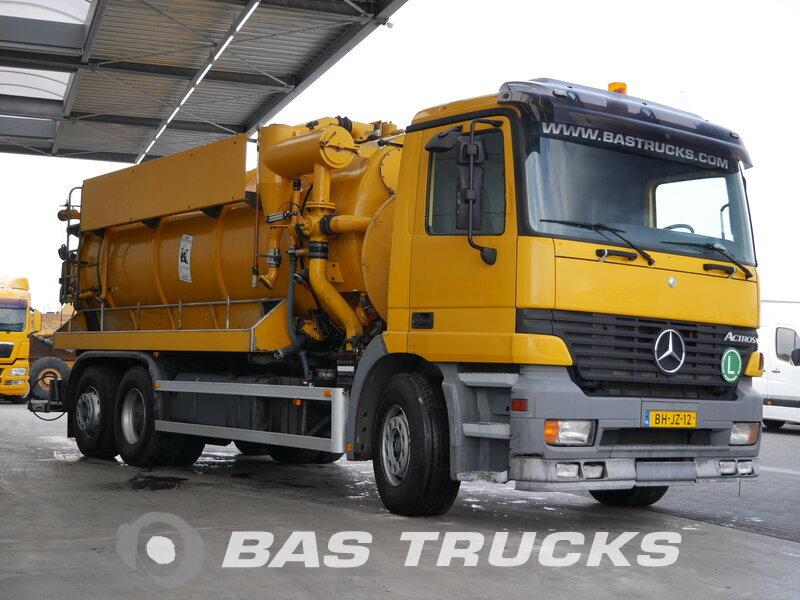 photo de Occasion Camion Mercedes Actros 2531 L 6X2 1999