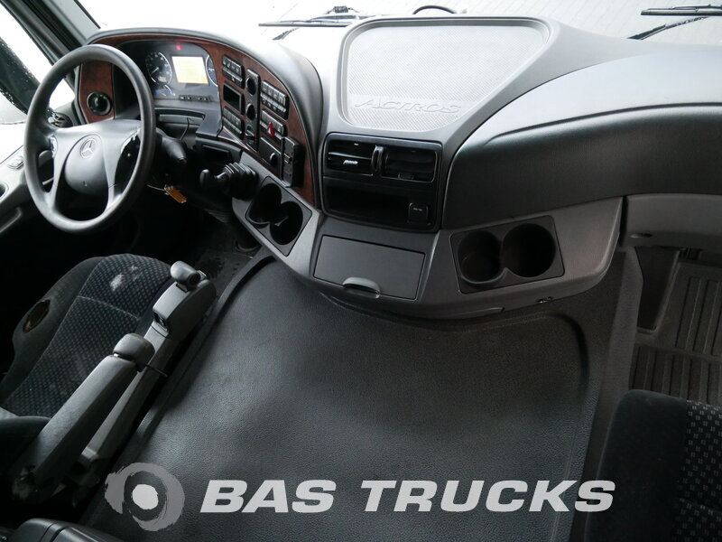 photo de Occasion Camion Mercedes Actros 2544 L 6X2 2009