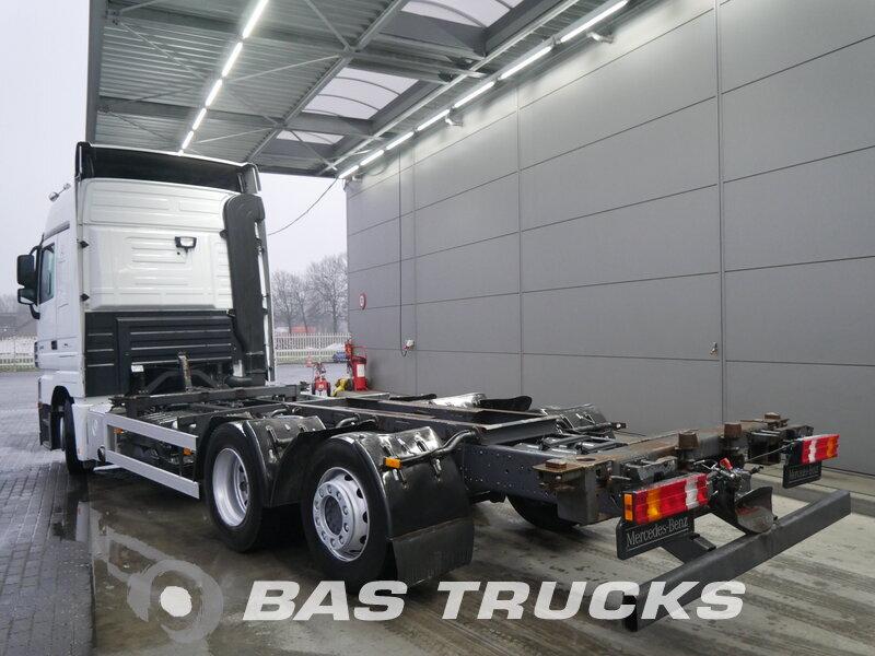 photo de Occasion Camion Mercedes Actros 2544 L 6X2 2010