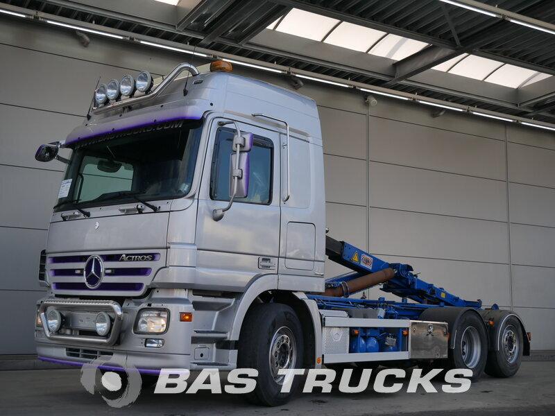photo de Occasion Camion Mercedes Actros 2546 L 6X2 2007