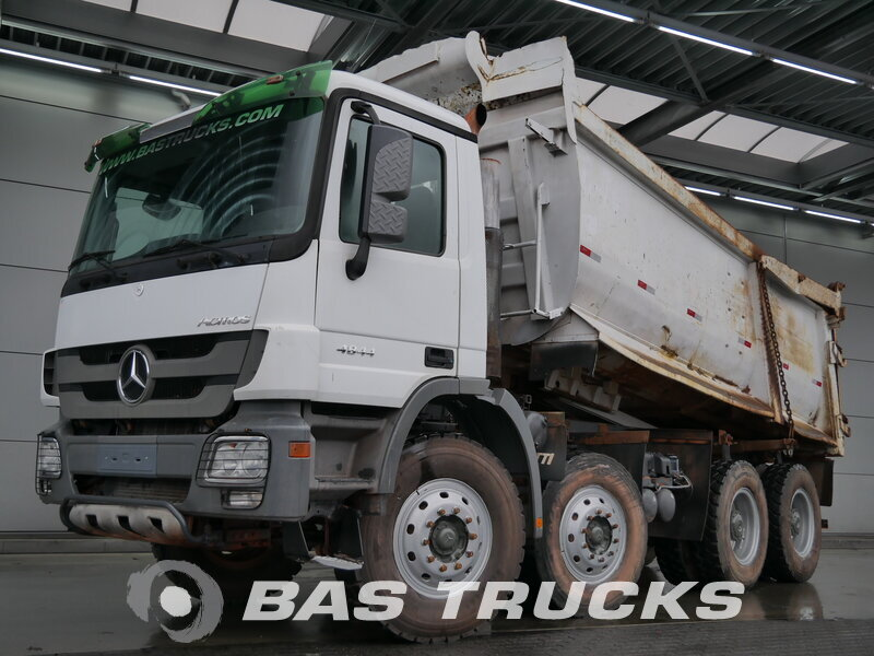 photo de Occasion Camion Mercedes Actros 4844 8X4 2009