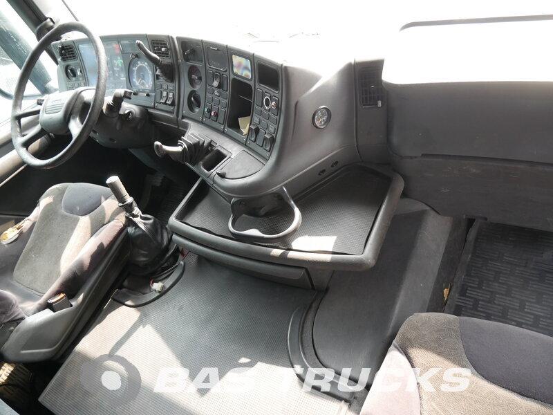 photo de Occasion Camion Scania R144G 460 8X4 1999