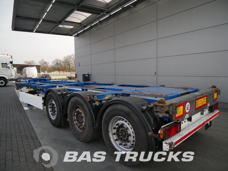 photo de Occasion Semi-remorques Schmitz 2x Ausziehbar Extending-Multifunctional-Chassis Liftachse SGF*3 3 Essieux 2013