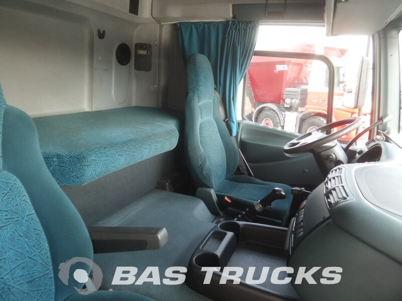 photo de Occasion Tracteur DAF CF85.380 4X2 2006