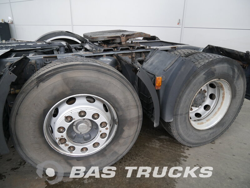 photo de Occasion Tracteur DAF CF85.380 6X2 2001
