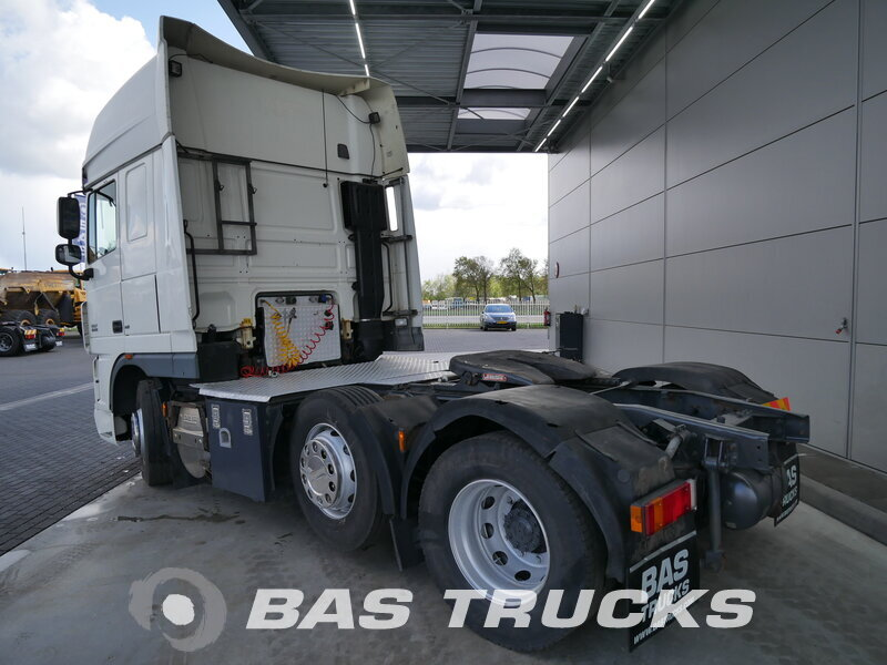photo de Occasion Tracteur DAF XF105.460 SSC 6X2 2007