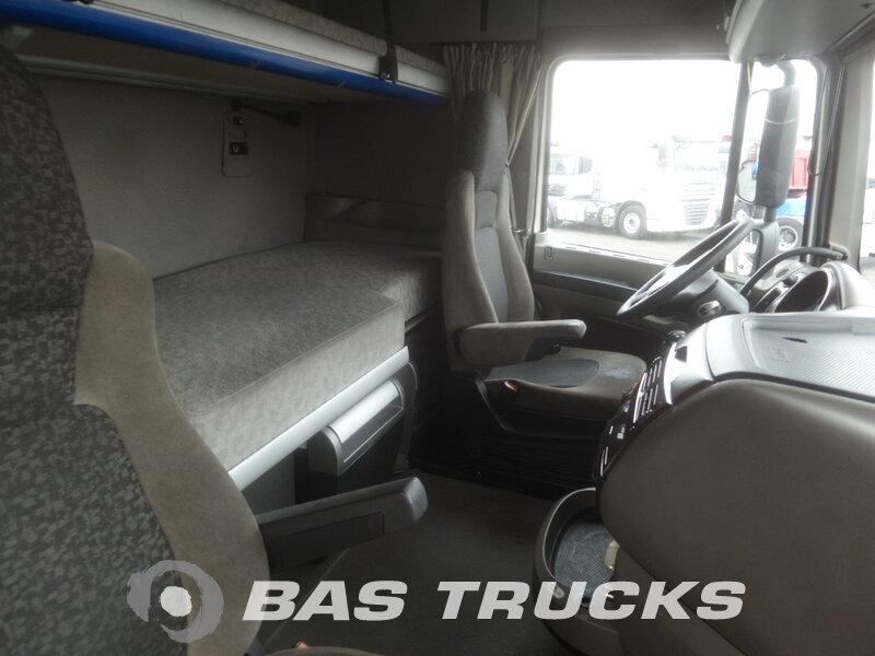 photo de Occasion Tracteur DAF XF105.460 Unfall Fahrbereit 4X2 2009