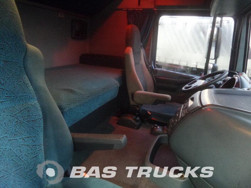 photo de Occasion Tracteur DAF XF95.380 4X2 2004
