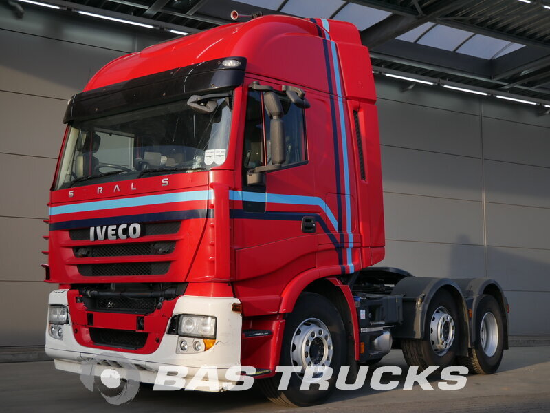 photo de Occasion Tracteur IVECO Stralis AS440S45 RHD Unfall Fahrbereit 6X2 2013