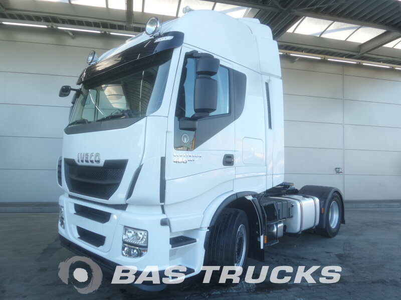 photo de Occasion Tracteur IVECO Stralis Hi-Way AS440S46 4X2 2013