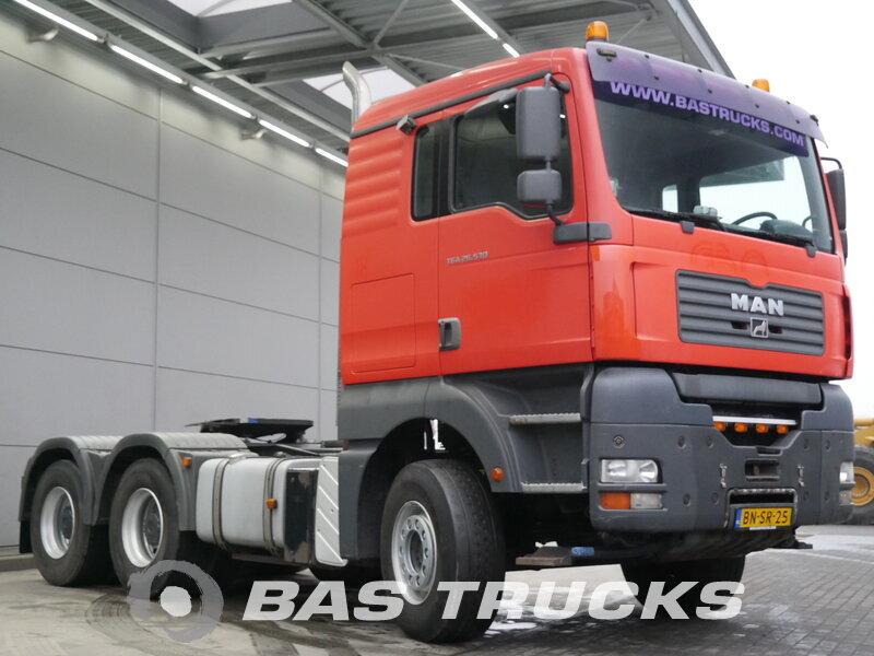 photo de Occasion Tracteur MAN TGA 28.530 6X4 2003