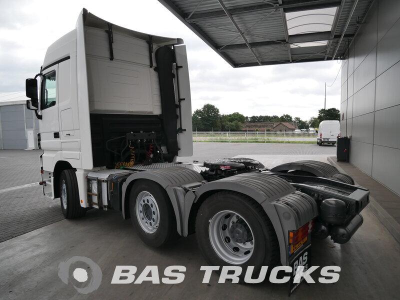 photo de Occasion Tracteur Mercedes Actros 2544 LS 6X2 2011