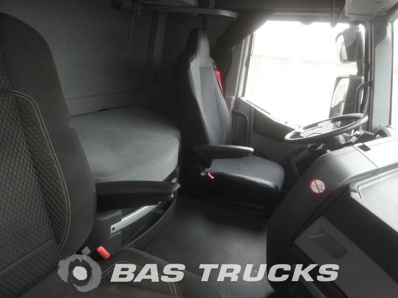 photo de Occasion Tracteur Renault T 460 4X2 2014