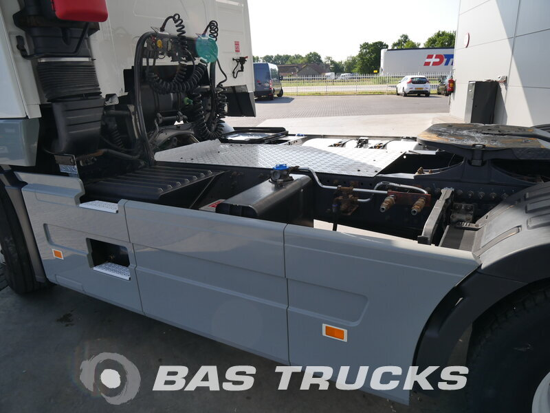 photo de Occasion Tracteur Volvo FH 420 Chassis Unfall Fahrbereit 4X2 2012