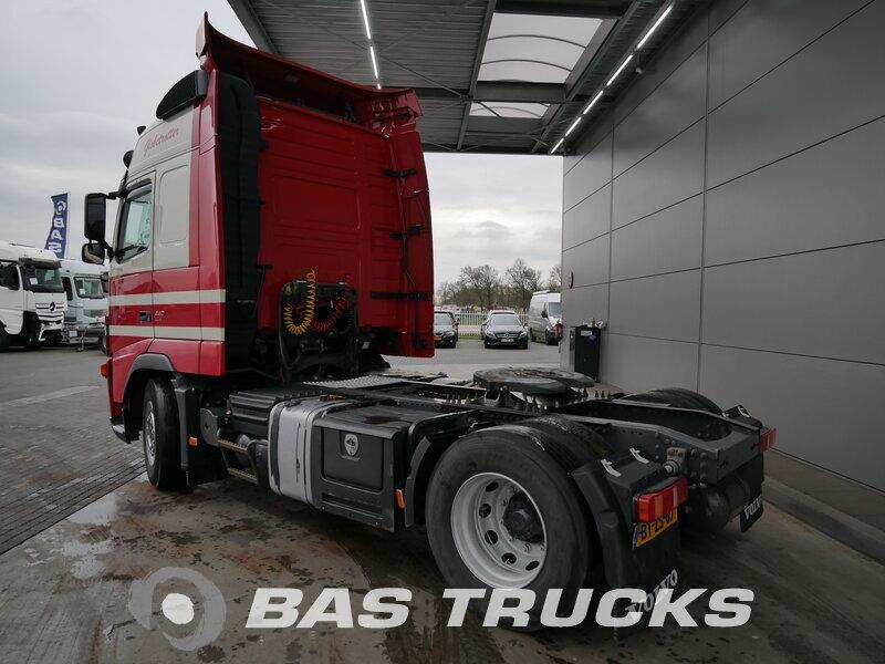photo de Occasion Tracteur Volvo FH 440 4X2 2008