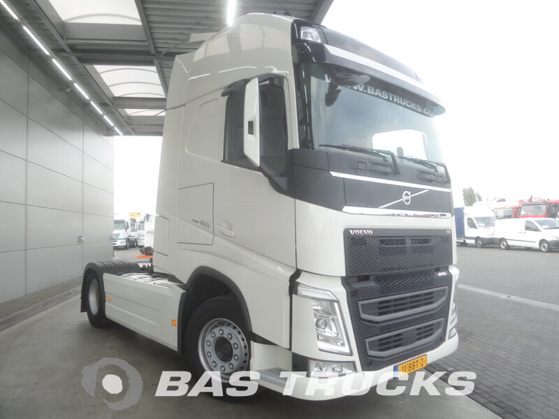 photo de Occasion Tracteur Volvo FH 460 XL 4X2 2013