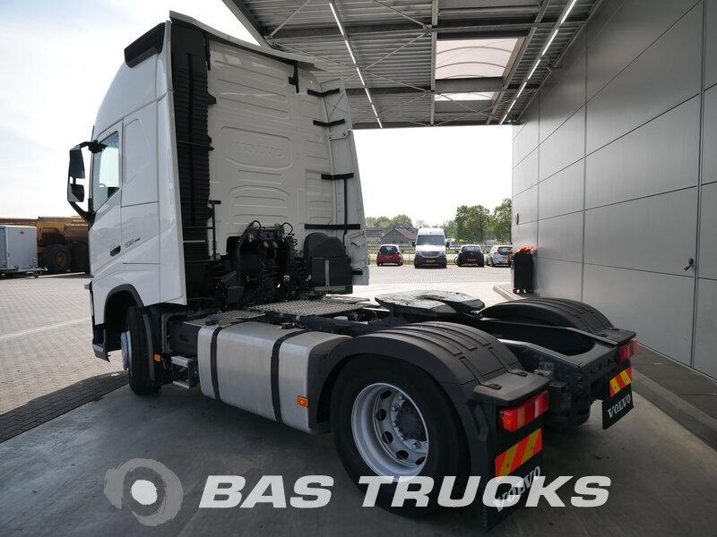 photo de Occasion Tracteur Volvo FH 500 XL 4X2 2015