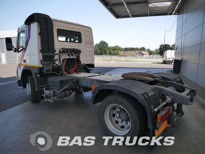 photo de Occasion Tracteur Volvo FM12 420 4X2 1999