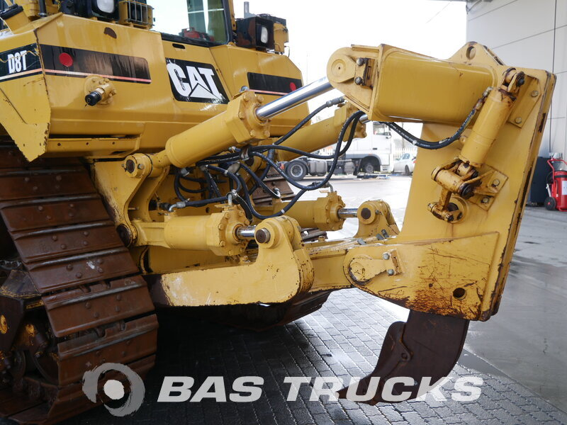 photo of Used Construction equipment Caterpillar D8T Track 2007