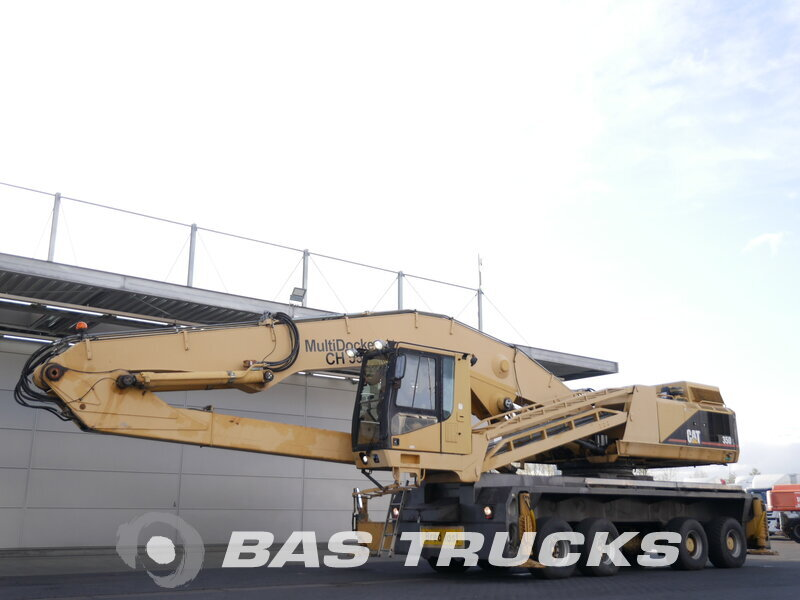 photo of Used Construction equipment Caterpillar Multidocker CH55 8X4 1998