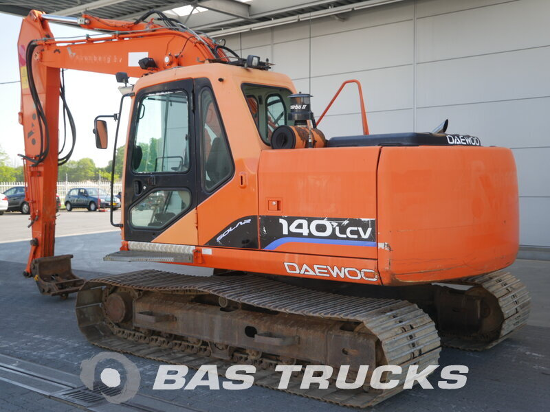 photo of Used Construction equipment Daewoo-Doosan 140 LC-V Track 2005