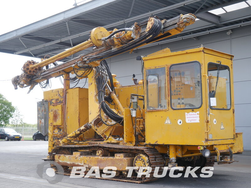 photo of Used Construction equipment Hausherr HBM 60 Track 1988