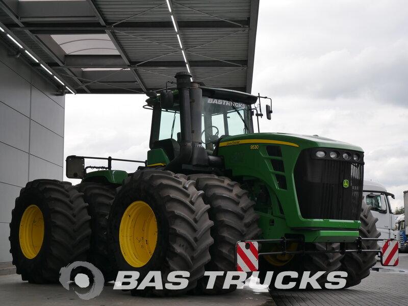 photo of Used Construction equipment John Deere  Tractor Traktor 9530 Powershift Dual-Wheels 4X4 2011