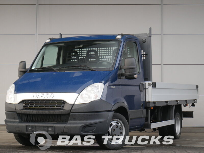 photo of Used Light commercial vehicle IVECO Daily 2013