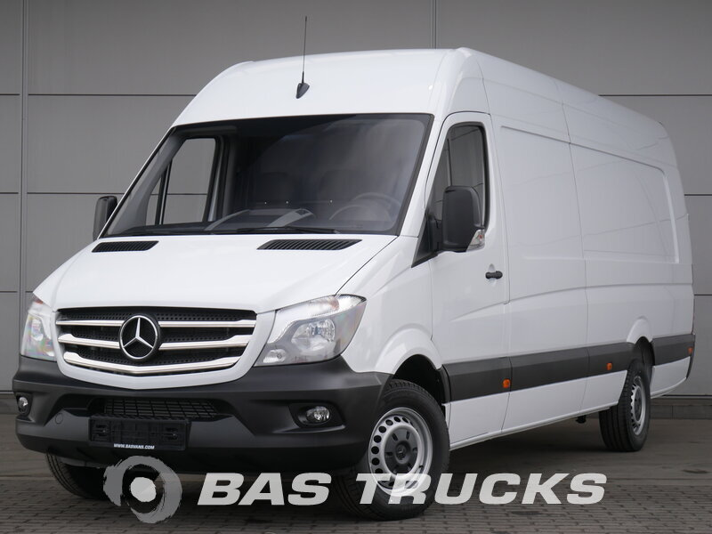 photo of Used Light commercial vehicle Mercedes Sprinter 319 3.0 V6 2018