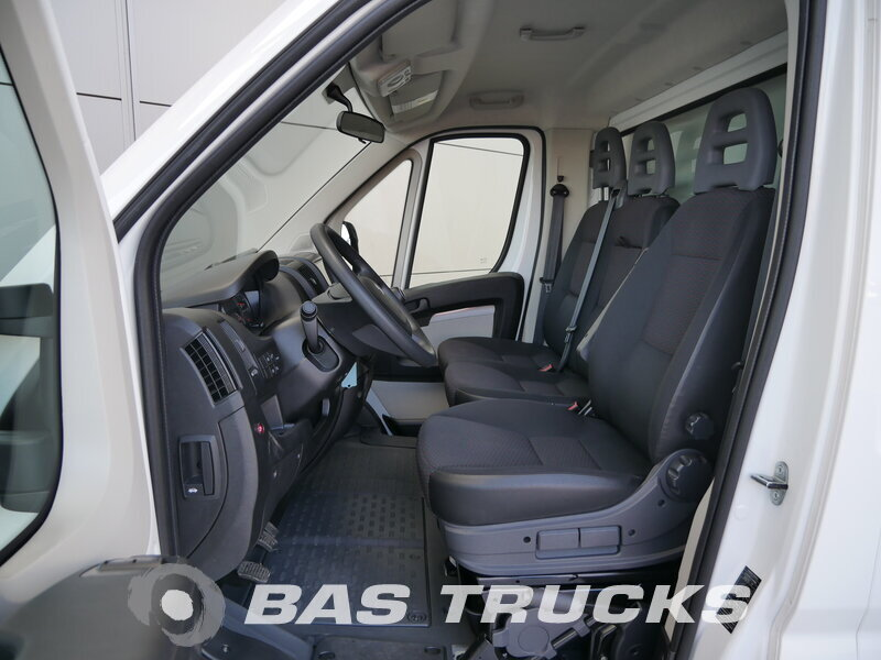 photo of Used Light commercial vehicle Peugeot Boxer 2015