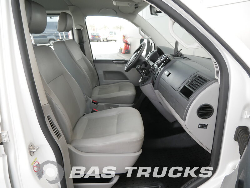 photo of Used Light commercial vehicle Volkswagen Transporter 2010