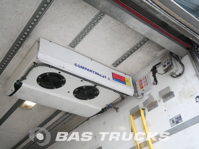 photo of Used Semi-trailer Floor Ladebordwand Trennwand Doppelverdampfer Lenkachse FLO-12-20K1 Axels 2003