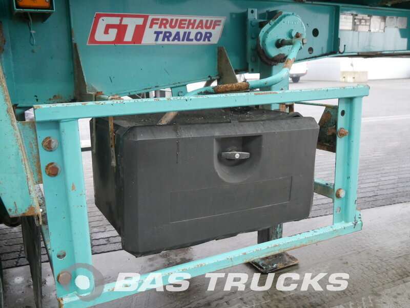 photo of Used Semi-trailer General Trailers 21m3 Steelsuspension Benne Axels 2002