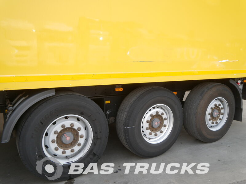 photo of Used Semi-trailer Hertoghs Hartholz-Boden O3 3 Axels 2008